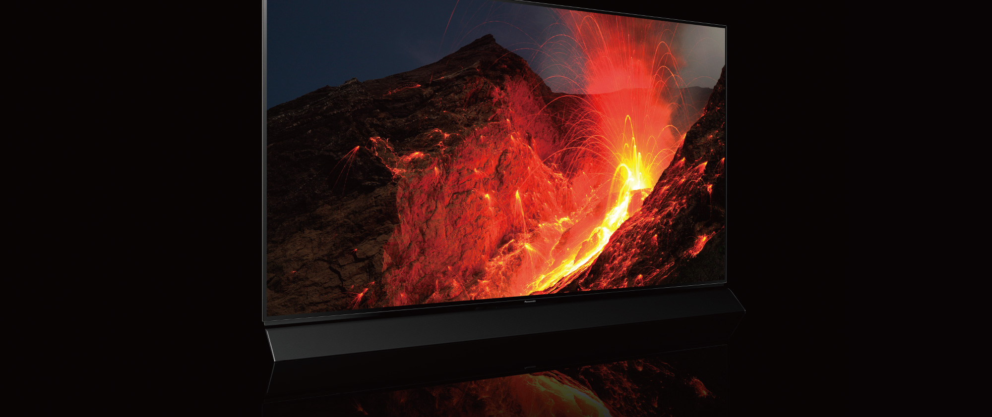 OLED - True Contrast, Revealing the most dynamic contrasts between dark and light.  - Panasonic TV